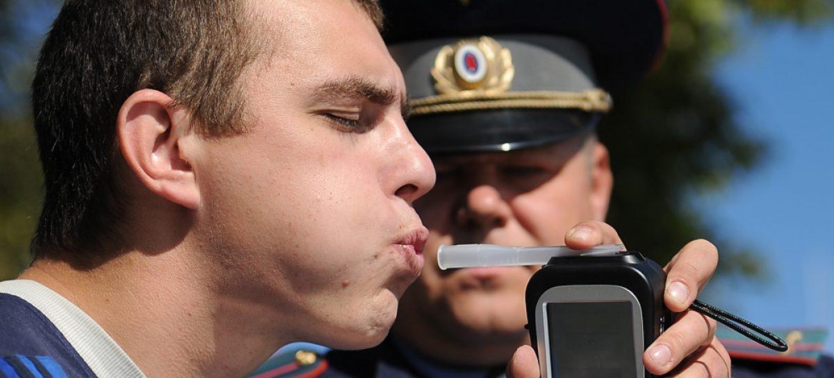 Для проверки водителей на наркотическое опьянение будут брать на анализ слюну