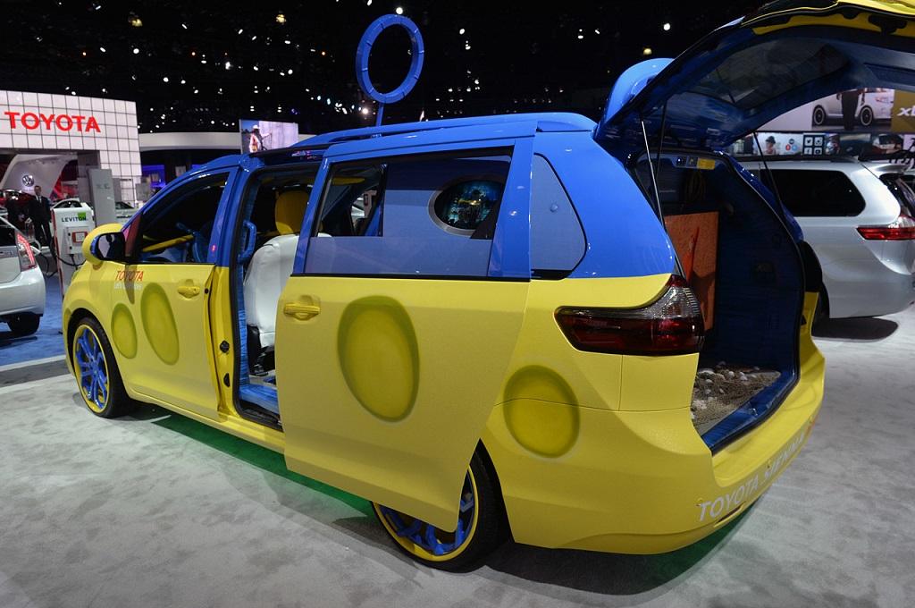 Toyota Sienna SpongeBob