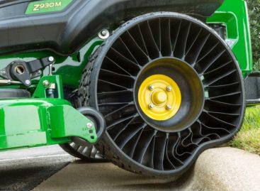 Компания Michelin открывает первый завод по производству безвоздушных шин