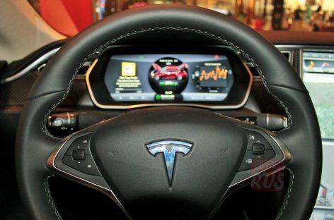 Тест-драйв Tesla model S: Параллельная реальность