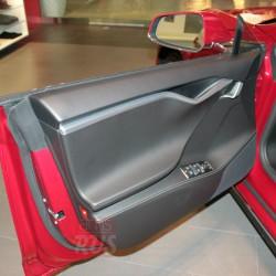 Передняя дверб Tesla Model S