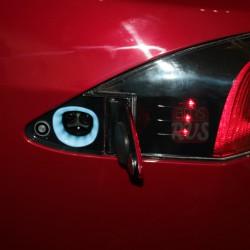Разъем подключения к зарядной станции Tesla Model S