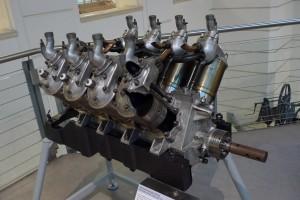 Двигатель Antoinette V8
