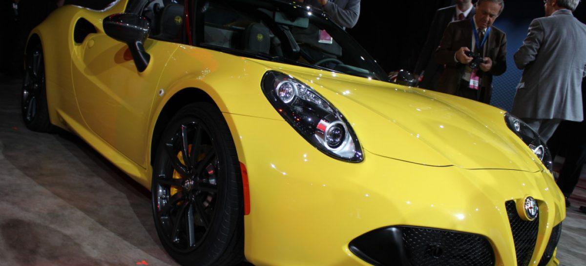 Звезда Детройтского автосалона — Alfa Romeo 4C Spider