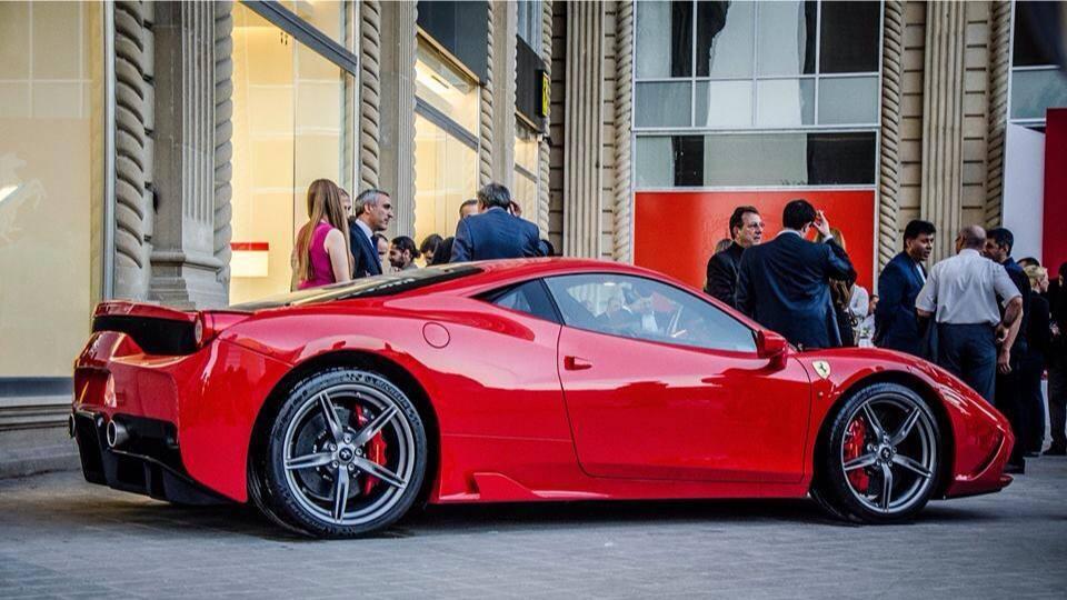 Ferrari в Баку