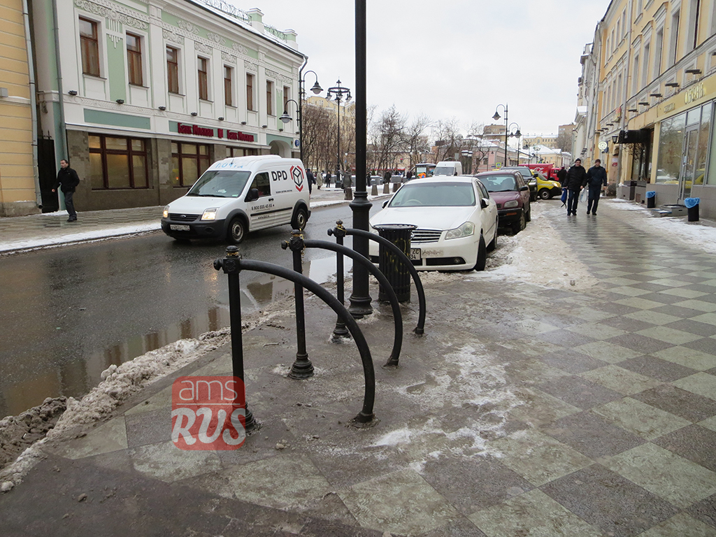 Парковки для велосипедов на Пятницкой