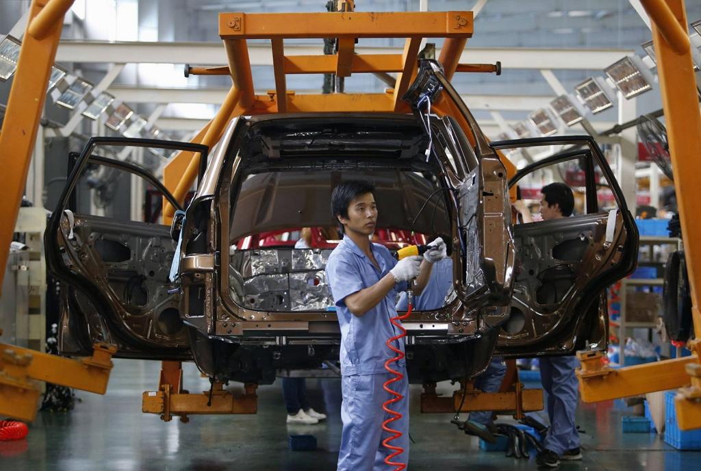 Продажи китайских автомобилей сократились