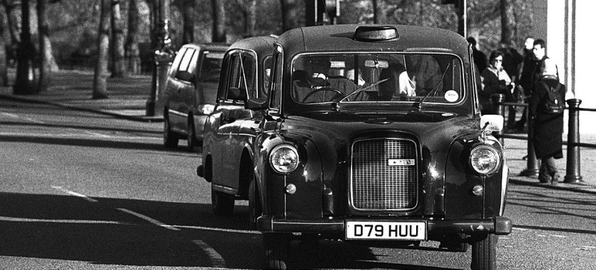 Лондонское такси и сейчас работает по законам 1906 года