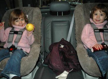 Куда ставят детское автомобильное кресло?