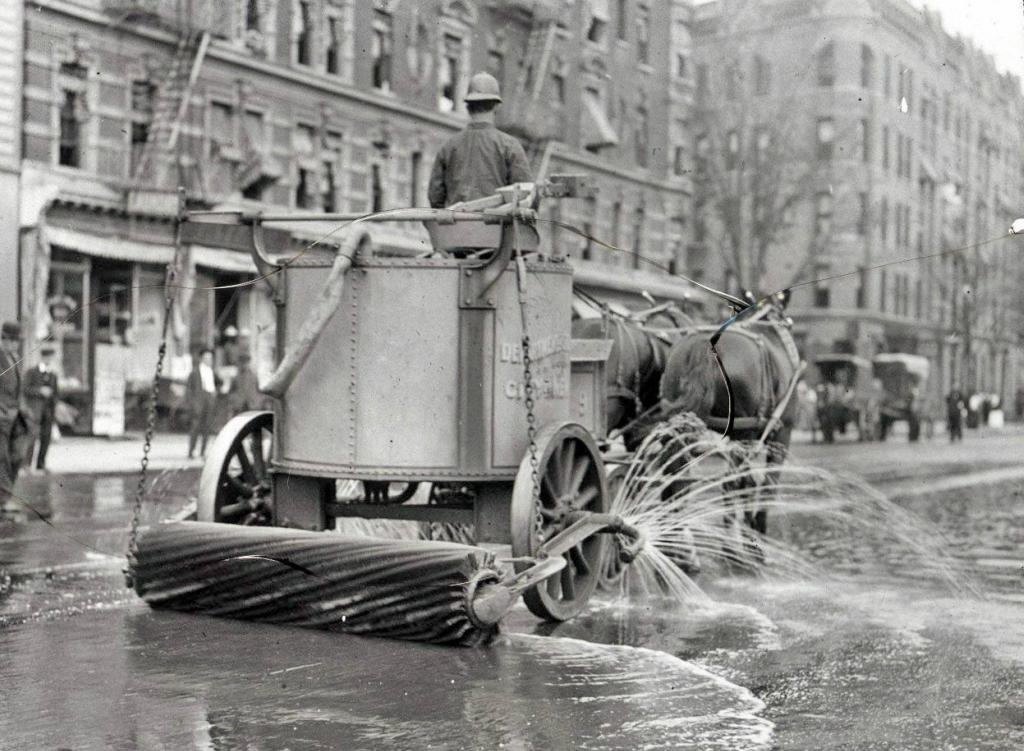 Уборочная машина на конной тяге, Нью-Йорк