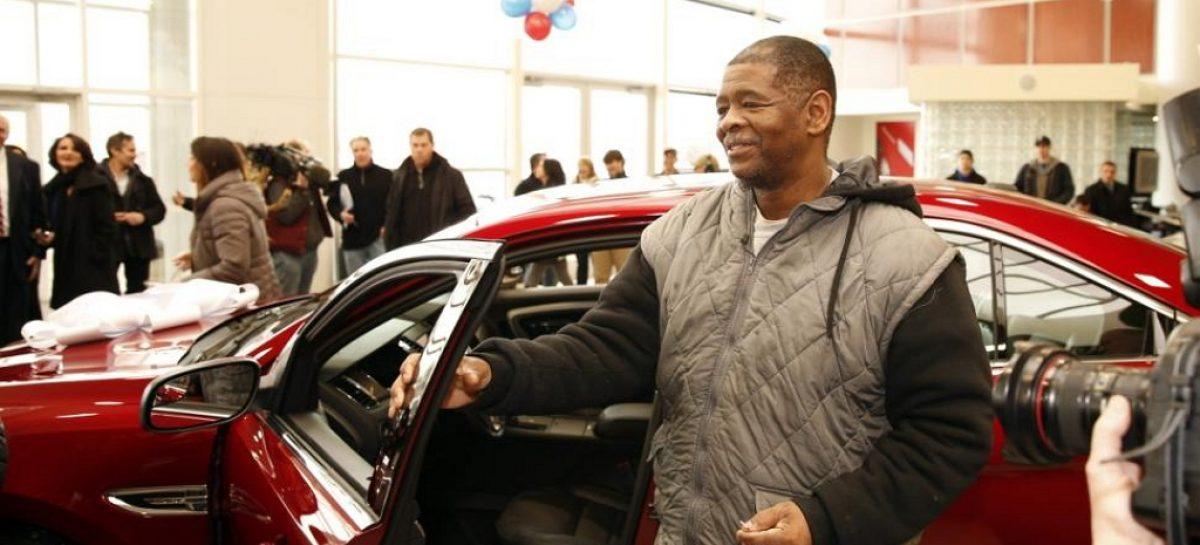 Рабочий из Детройта сможет купить себе Range Rover, но ограничится Taurus