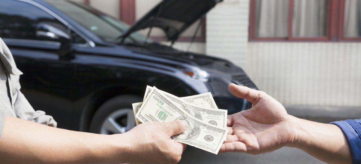 Недвижимость дешевеет, автомобили дорожают