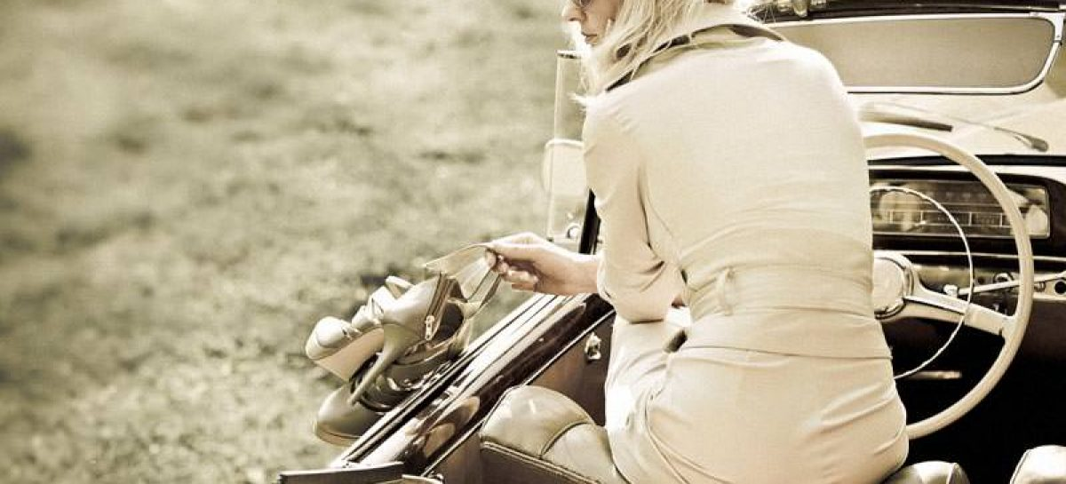 Mercedes избавил блондинок от стресса