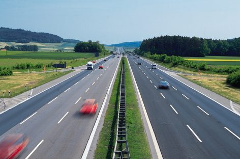 Власти Германии хотят ограничить скорость на автобанах