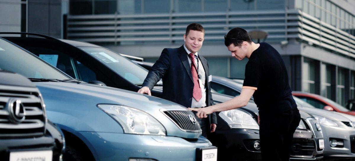 Опрос газеты Клаксон: две трети россиян не хотят покупать новый автомобиль
