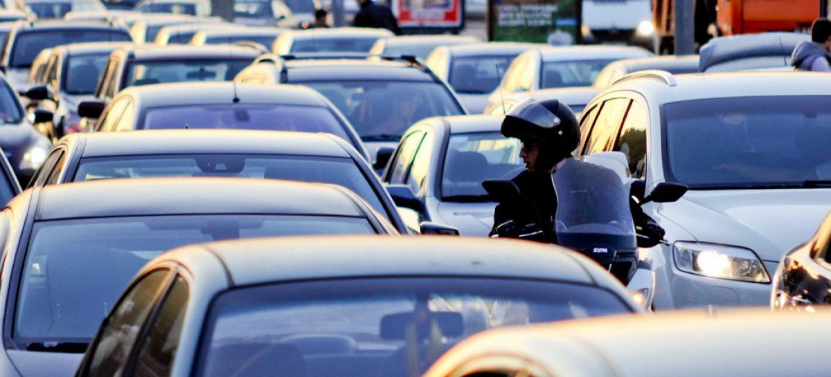 Москва без пробок: убрать полмиллиона автомобилей