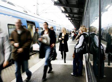 Разные страны пересаживают водителей на автобусы по-своему