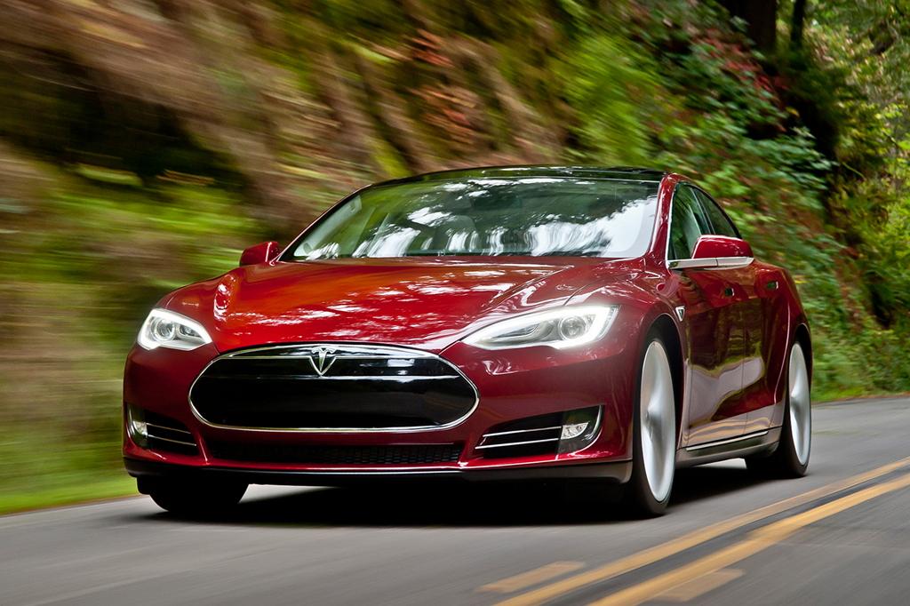 В ноябре продажи электромобилей в России показали рост