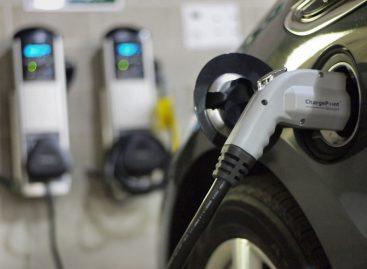 В Японии электрозаправок больше, чем АЗС