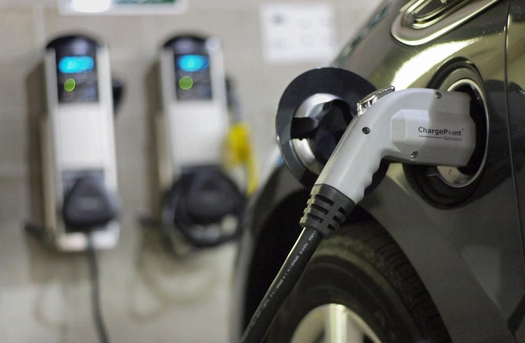 ТО для электрических и гибридных автомобилей