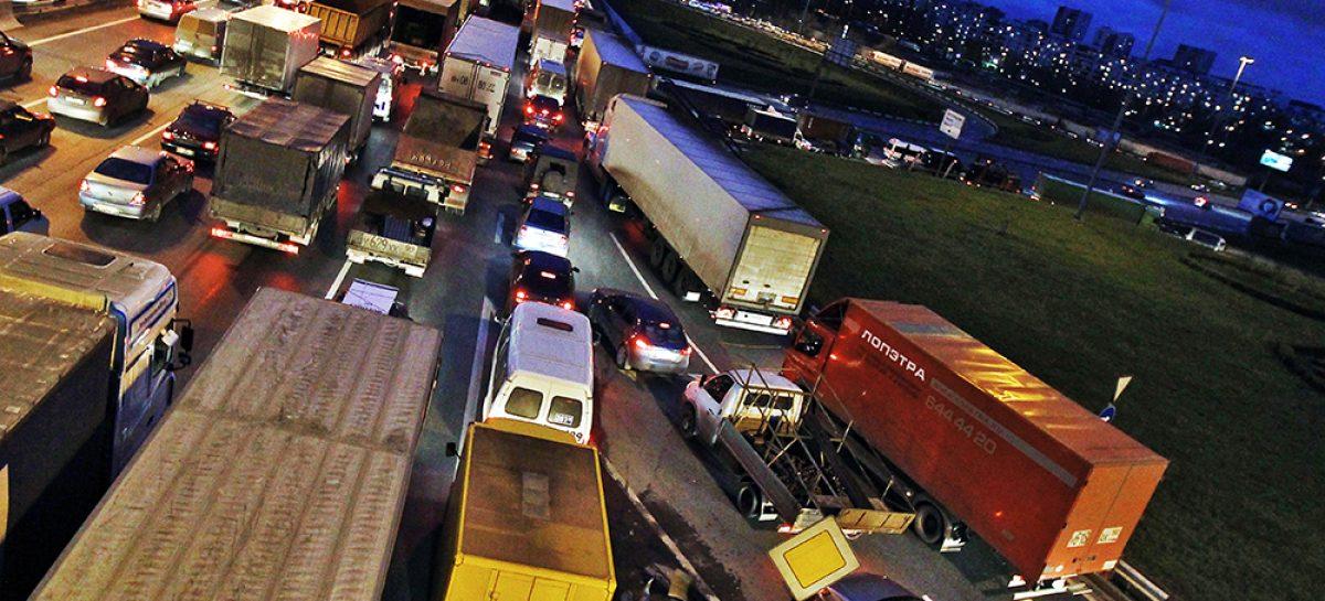 Запрета на въезд в Москву грузовикам низкого экологического класса пока не будет