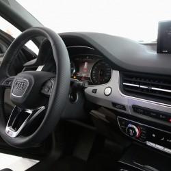 Салон Audi Q7 2015