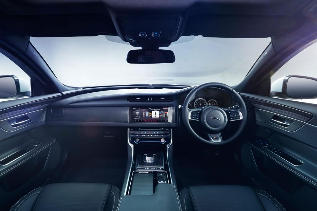Jaguar XF II