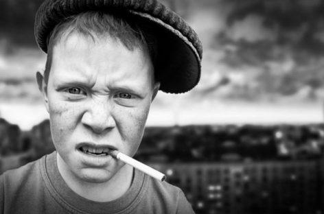 Комсомол проснулся и объявил курильщиков главными виновниками ДТП