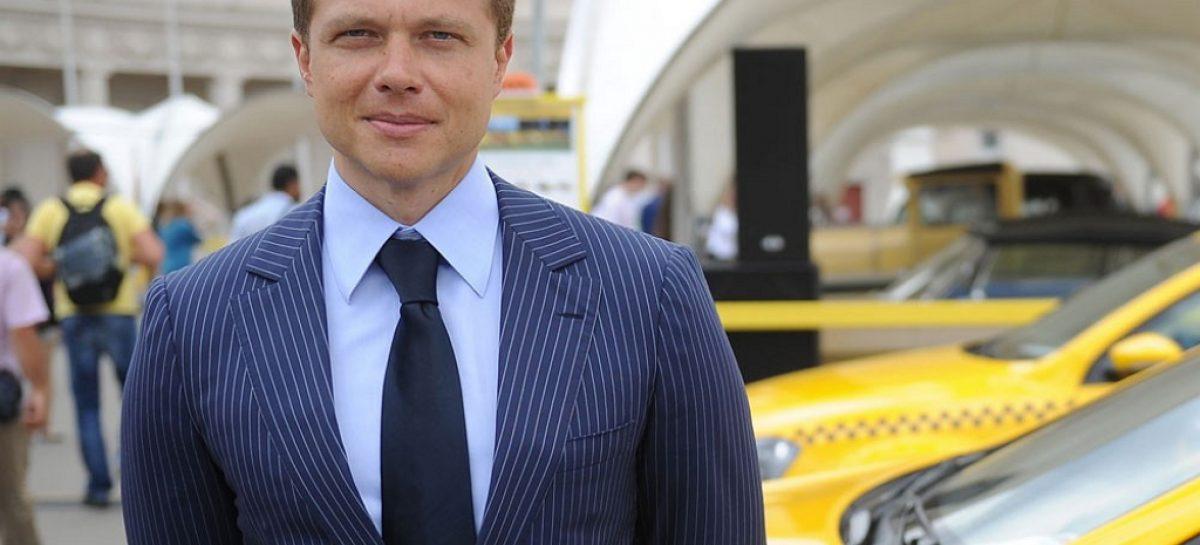 Водители такси возмущены действиями Ликсутова