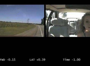 Использование мобильного телефона за рулем – причина 12% аварий