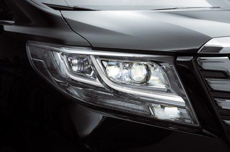 Toyota Alphard презентовали в Москве