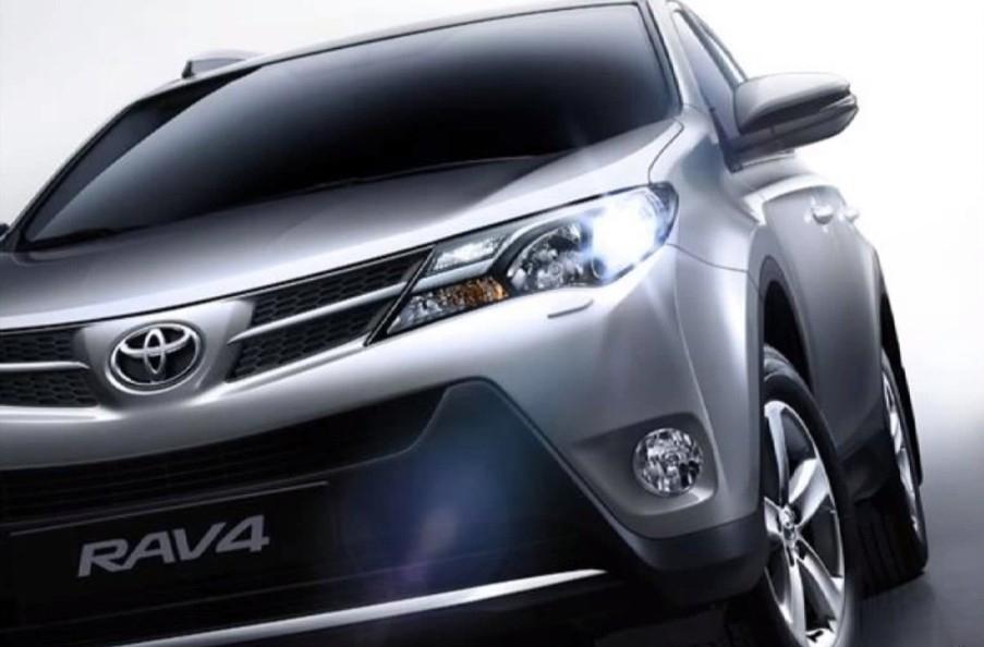 Toyota RAV4 начали собирать в Петербурге