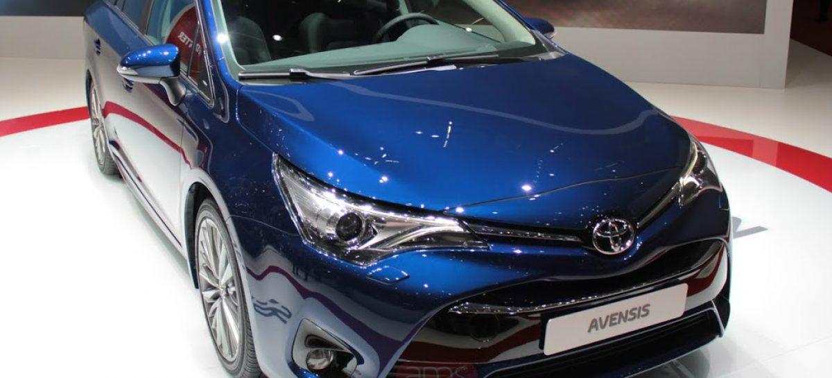 Toyota освежила семейство Avensis