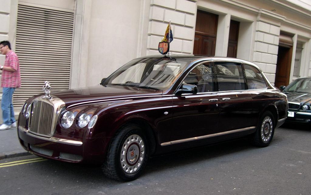 Bentley (королевский)