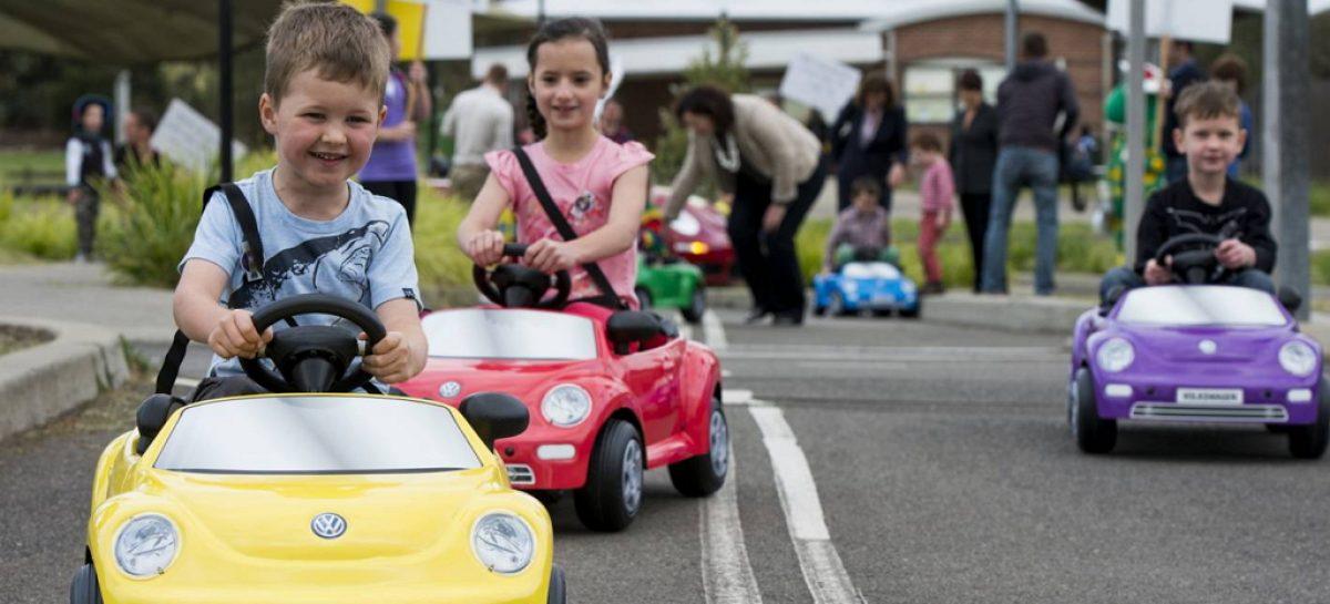 Обучают ли родители своих детей правилам дорожной безопасности?