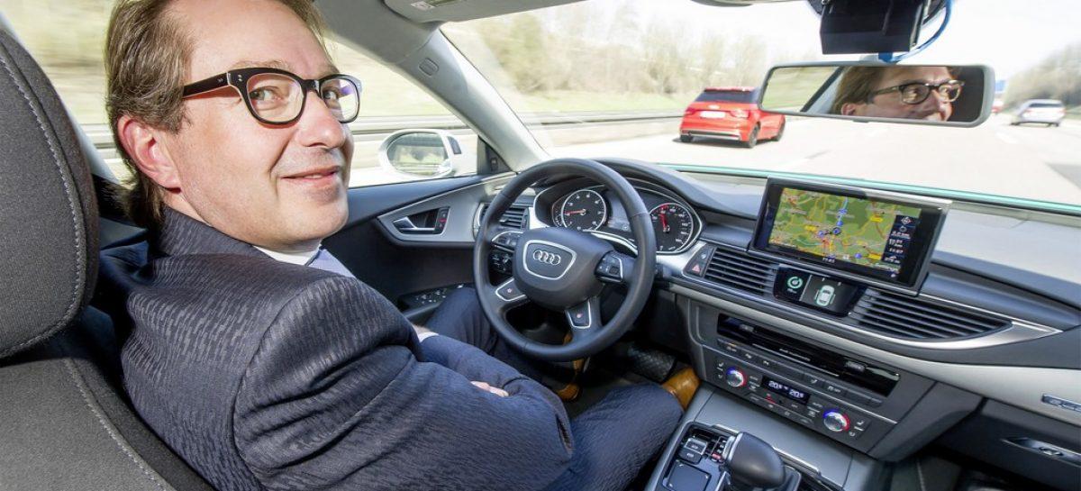 Автономная Audi A7: тест-драйв с министром