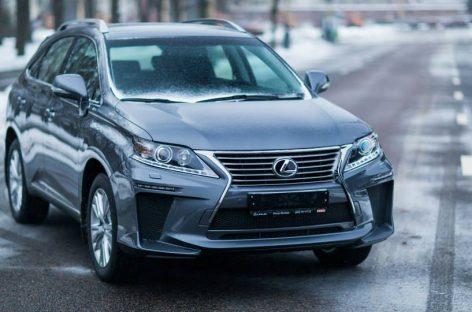 В марте Lexus сделал рекордные продажи в России