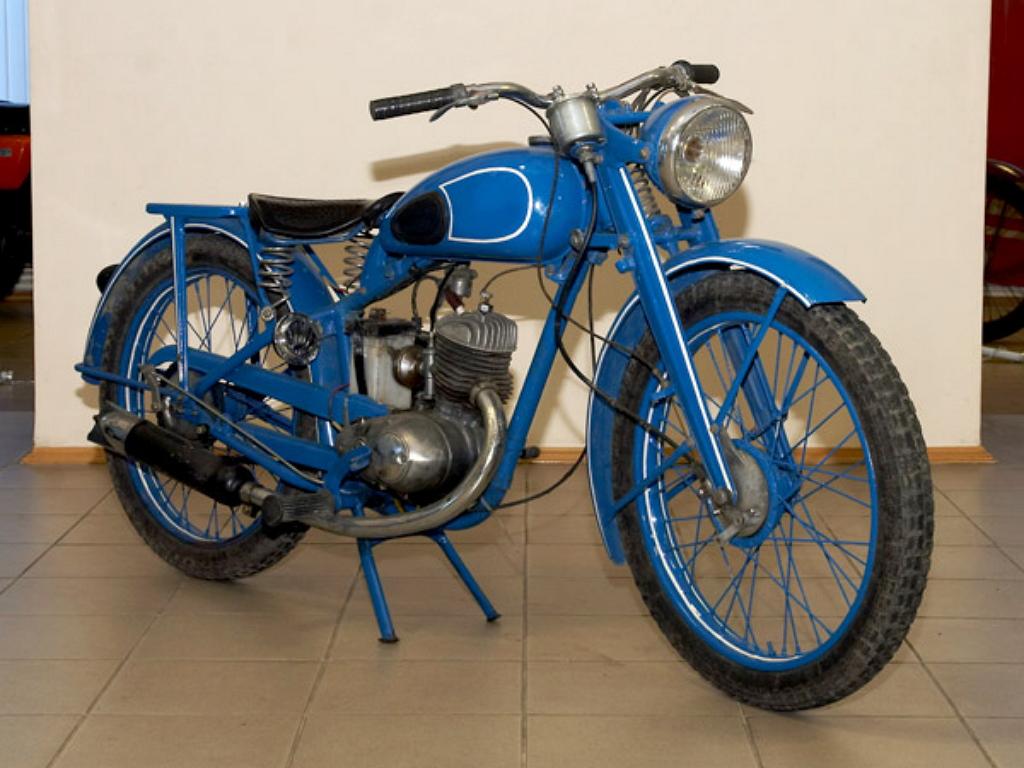 Мотоцикл M1A
