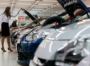 Кризис автомобильных продаж пугающе показателен