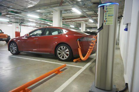 Россия хочет создать конкурентное производство электромобилей