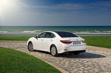 Lexus объявляет специальную акцию на модели RX, ES и GS