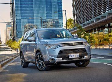 Mitsubishi Outlander PHEV признан Автомобилем с наименьшим показателем вредных выбросов