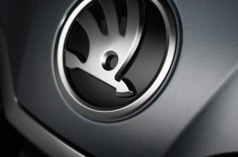 Skoda отзывает более 3 тысяч автомобилей в России