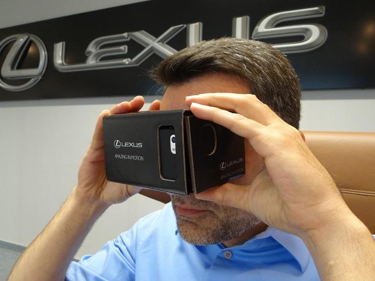 Брендированный Lexus Google Cardboard