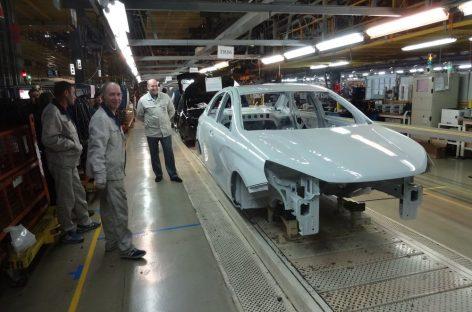Разрабатывается электрическая и газовая Lada Vesta