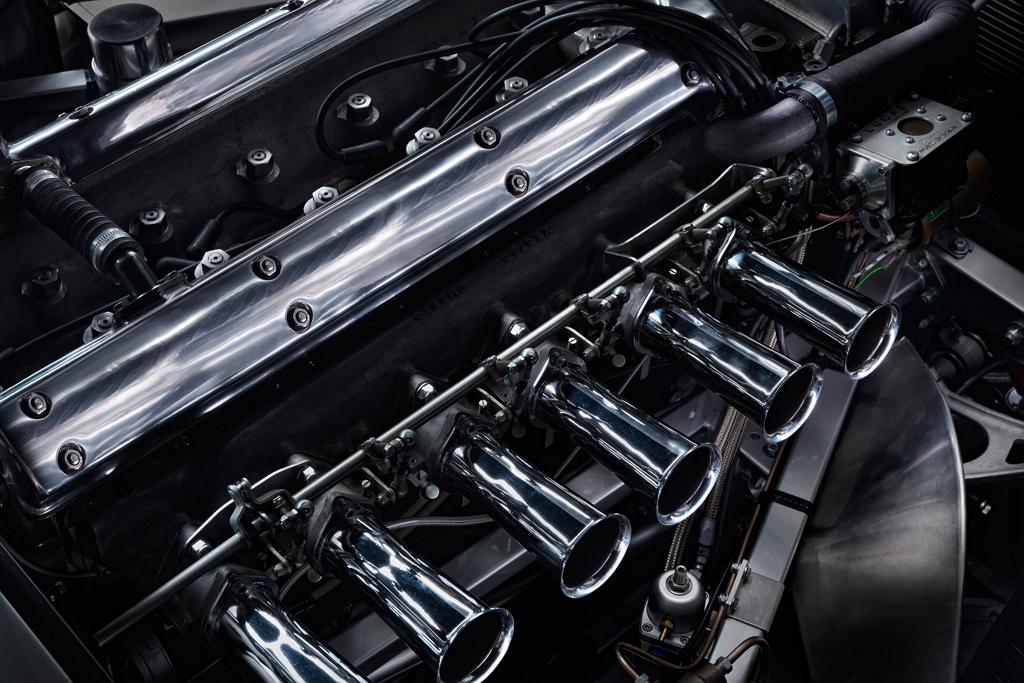 Ягуаровский двигатель XK 360 л.с.