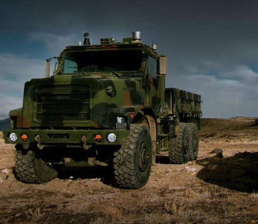 Беспилотный грузовик Oshkosh TerraMax