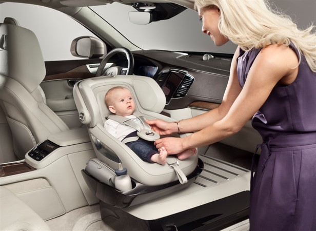 Детское автомобильное кресло Volvo