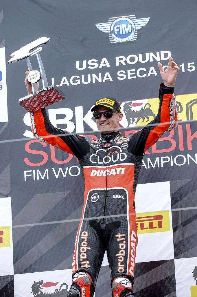 Двойная победа Чаза Дэвиса в Супербайке в Калифорнии