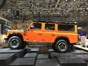 Land Rover Defender Adventure Edition 2015